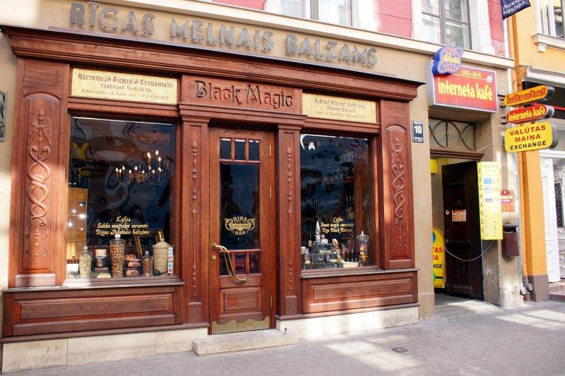 Bar Riga Black Magic na strówce w Rydze